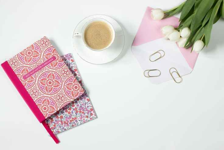 coffee-flowers-notebook-work-desk-162584